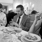7 fotos que muestran que el arte de conversar ha muerto
