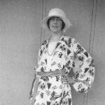 Agatha Christie haciendo surf y otras fotos sorprendentes de la escritora