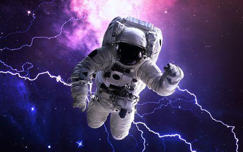 Un problema de tallaje obliga a cancelar el primer paseo espacial femenino