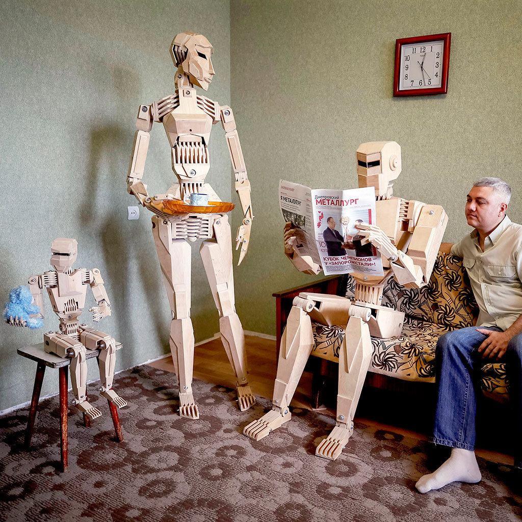 Centurion, el primer robot de madera, ya tiene familia