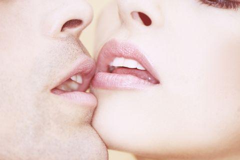¿El beso infiel sabe mejor?