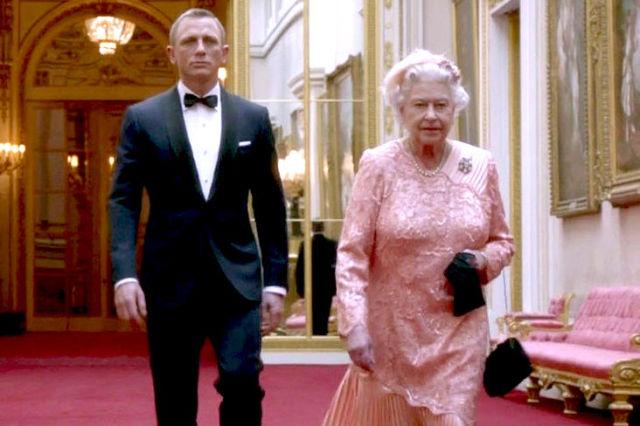7 películas en las que ver a la reina Isabel II
