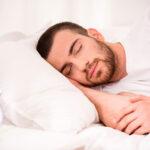 Dormir demasiado de forma habitual es tan malo como hacerlo demasiado poco