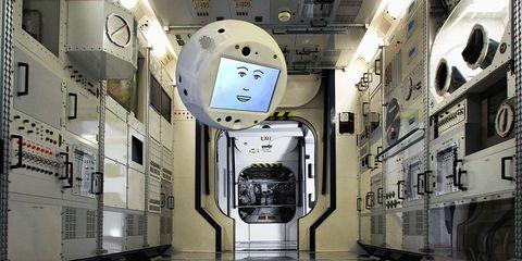 CIMON, la inteligencia artificial de la ISS se revela contra su amo
