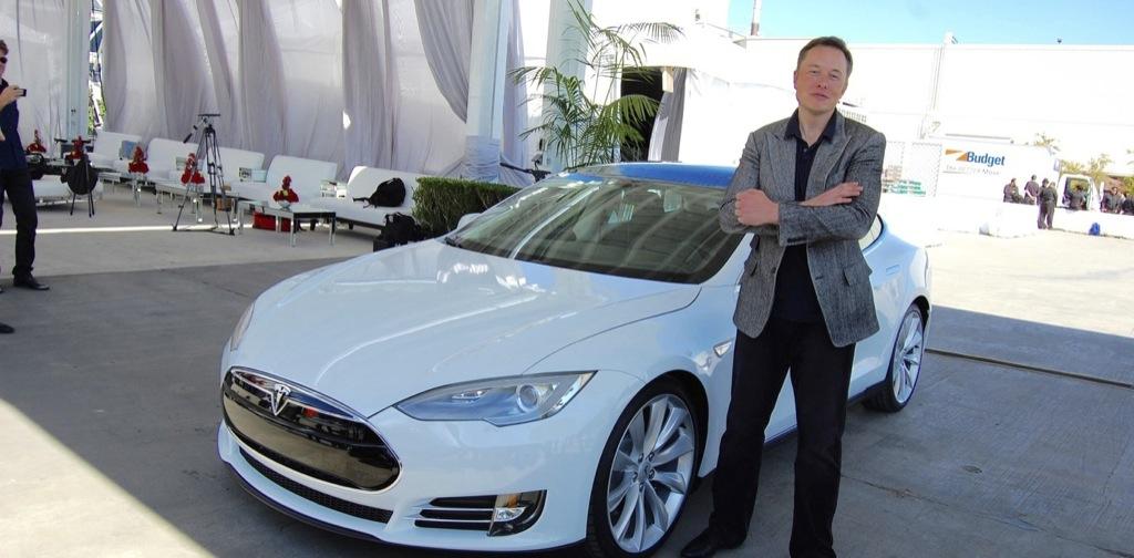 Elon Musk anuncia que va a acabar con los atascos de tráfico