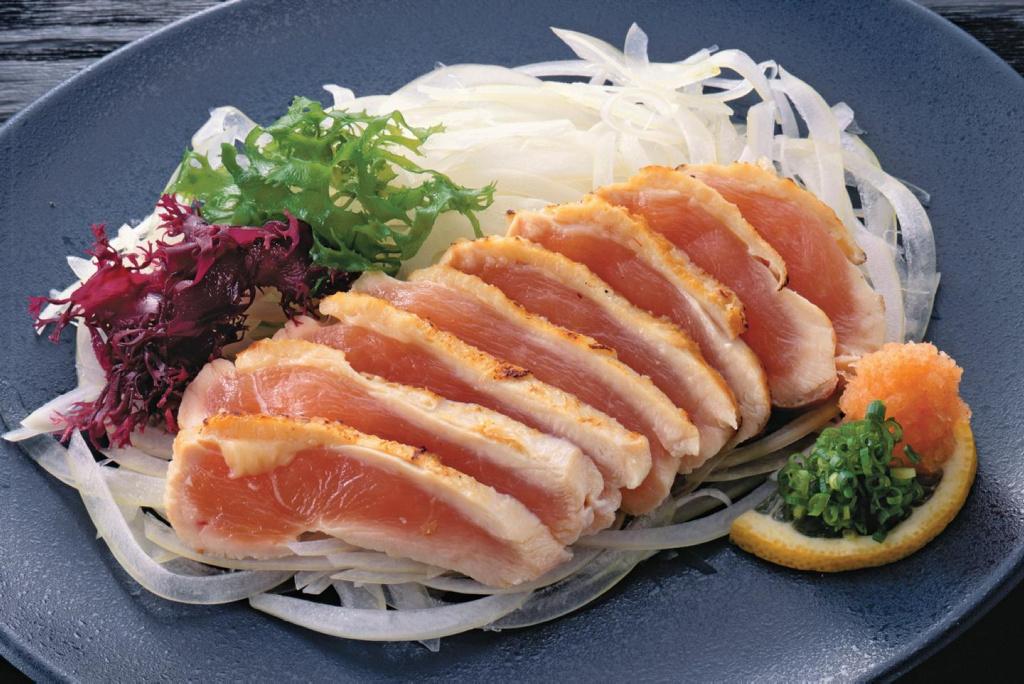 ¿Es seguro comer sashimi de pollo?