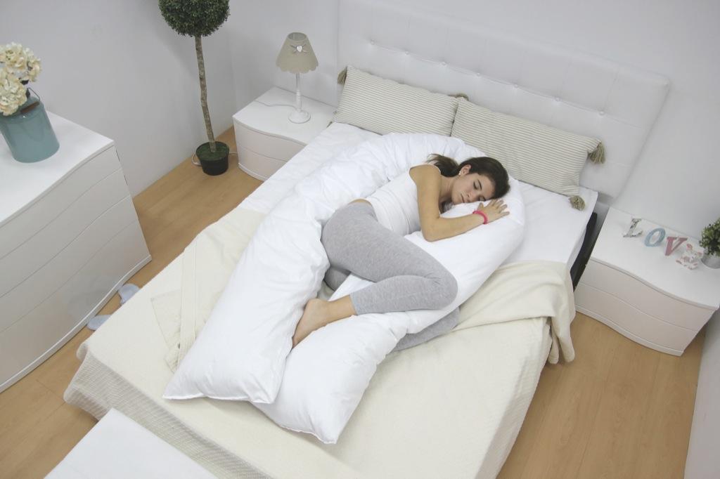 Esta almohada alivia el dolor de espalda y potencia tu felicidad