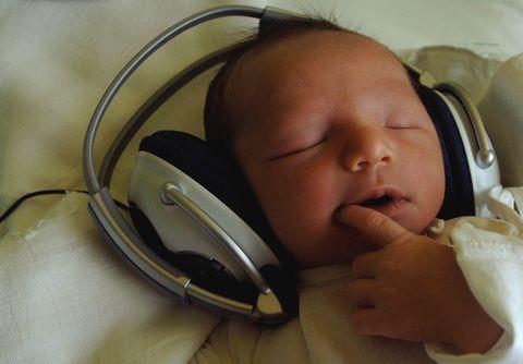Mitos del cerebro: ¿Mozart hará más inteligentes a tus hijos?