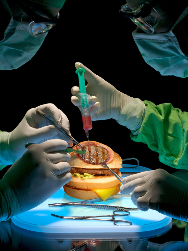 Hamburguesa sintética hecha con carne artificial