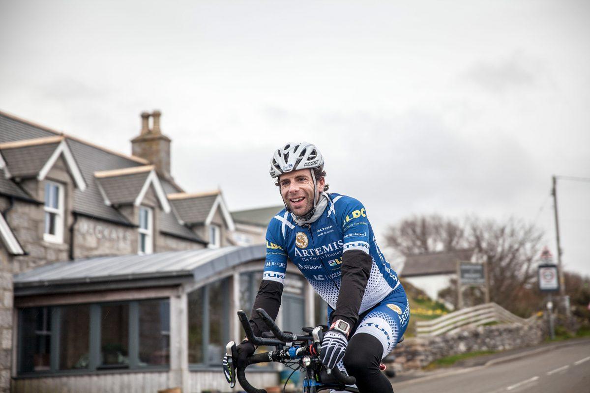 """La """"Vuelta al Mundo en 80 días» sobre una bicicleta"""