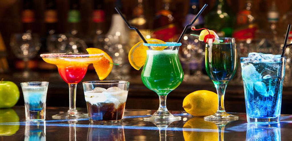 Las bebidas energéticas te hacen creer que estás aún más borracho
