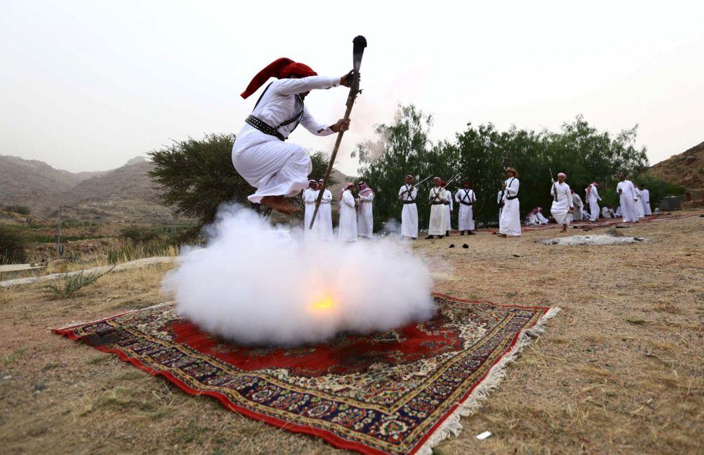 Los beduinos que vuelan… a tiro limpio