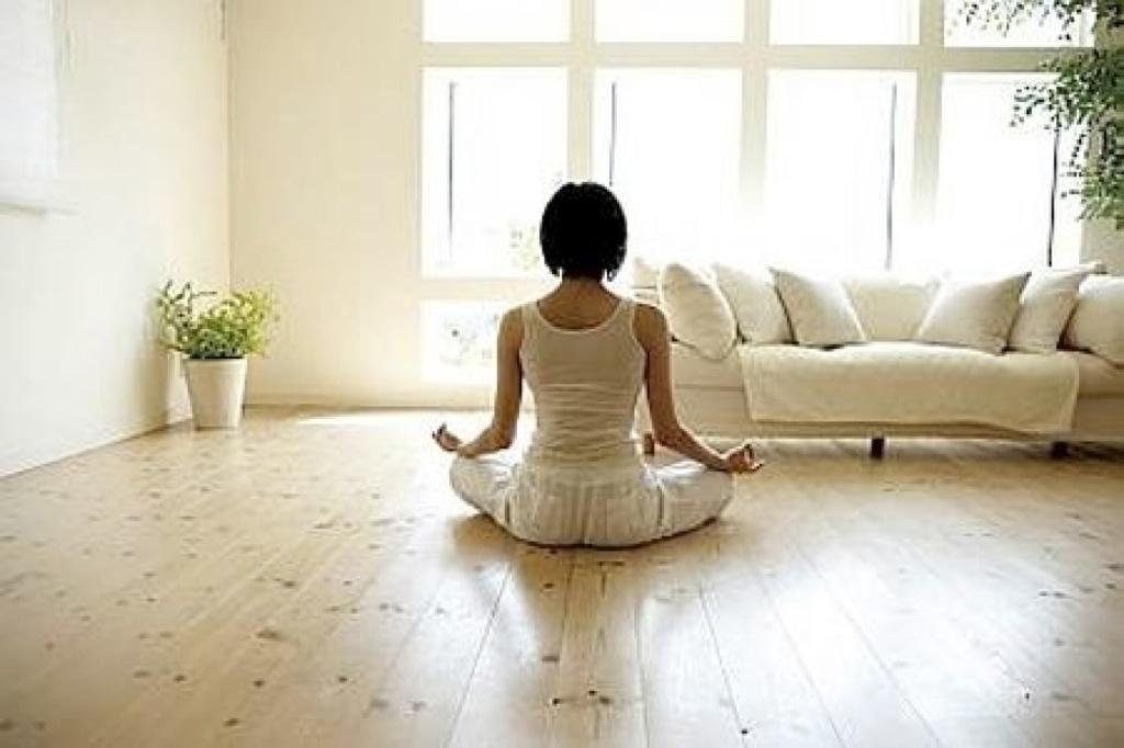 Meditar 25 minutos diarios alivia el estrés