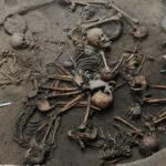 Nadie sabe por qué los antiguos mexicanos apilaron estos cadáveres en un misterioso patrón espiral