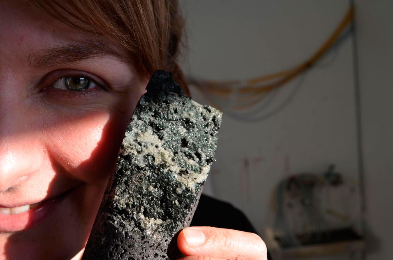 Por primera vez convierten CO2 en roca y en meses