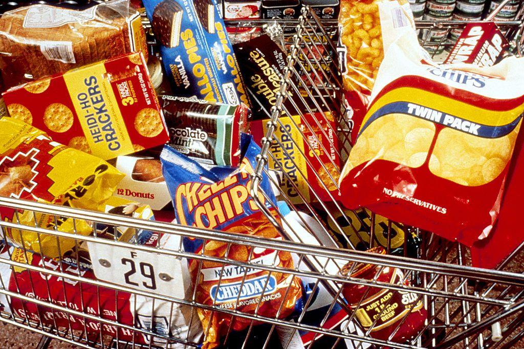 ¿Por qué la comida grasienta debería venderse en envases feos?