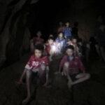 ¿Por qué van a pasar los Jabalíes Salvajes nueve días en un monasterio budista?