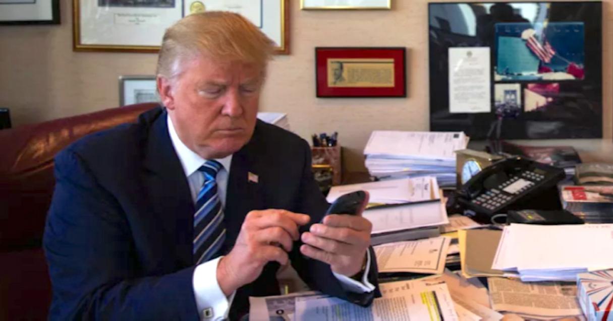 ¿Qué teléfono móvil usa ahora Donald Trump?