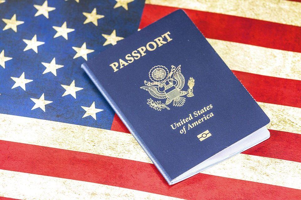 ¿Quieres tu visado para entrar en Estados Unidos? Vigila lo que dices en redes sociales