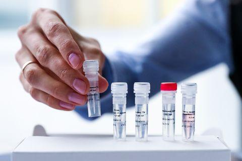 Crear una base forense universal