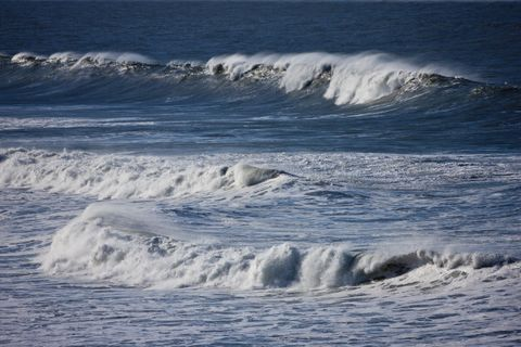Logran hacer combustible con agua marina