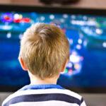 Sobredosis de alimentos procesados en la publicidad de una tele infantil