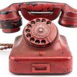 Subastan el teléfono rojo de Hitler