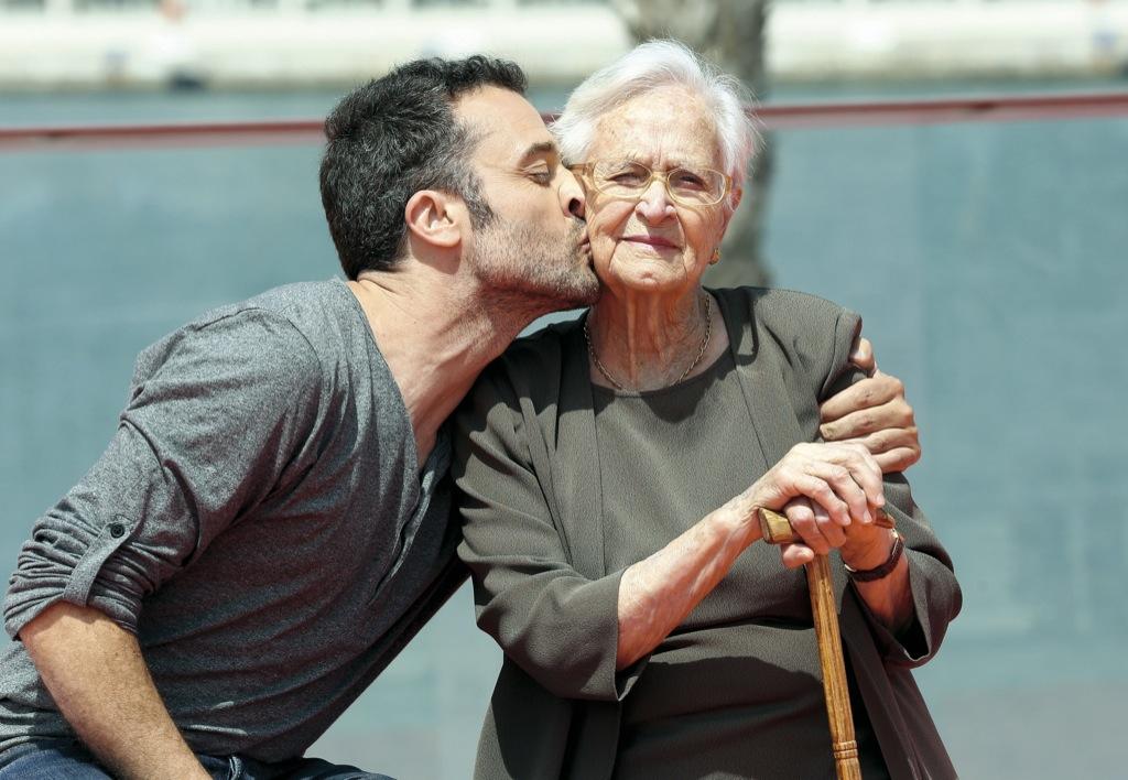 Vivimos en pareja gracias a las abuelas