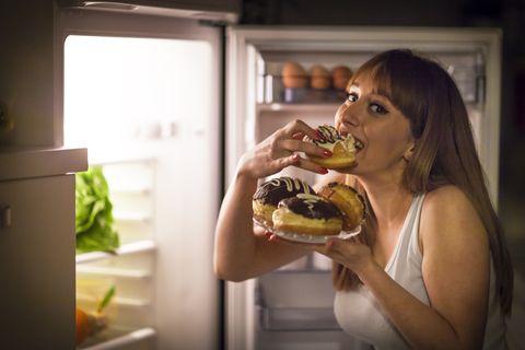 ¿Quieres mantener tu corazón sano por mucho tiempo? Adelanta la hora de la cena