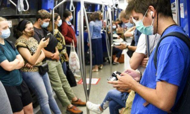 ¿Cuál es riesgo de contagio de COVID-19 en el metro y otros transportes públicos?