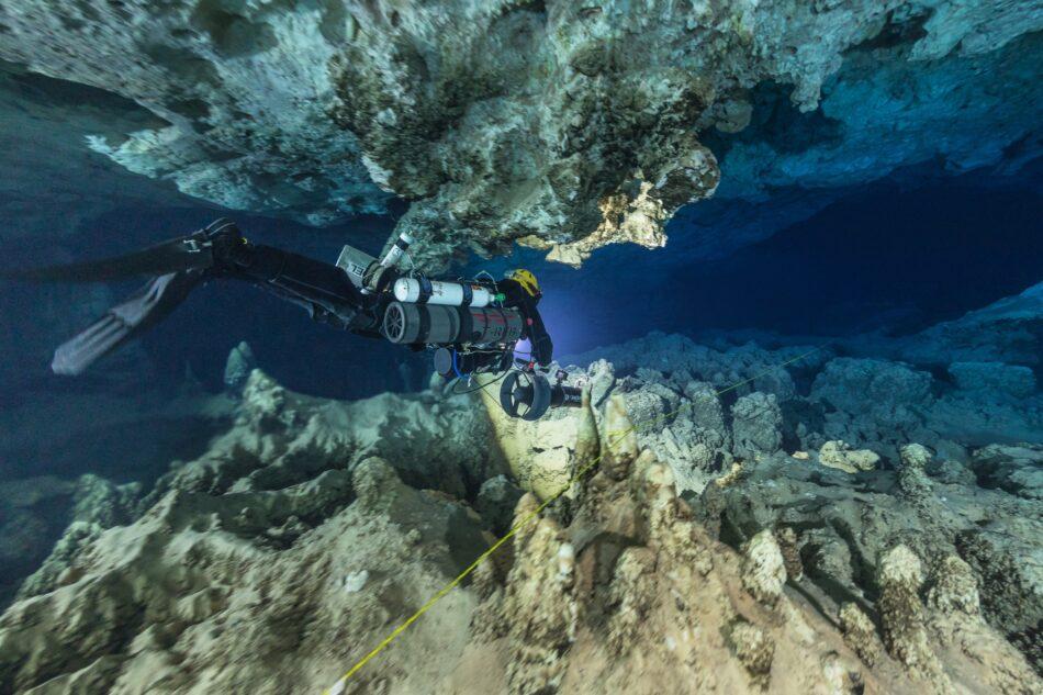 La cueva submarina de Mallorca con 200 ánforas romanas pudo ser un templo