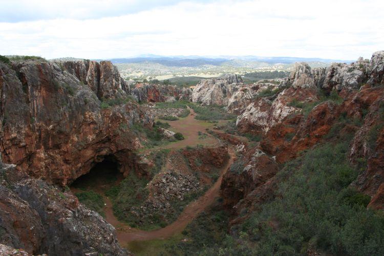 geoparque sevilla cerro hierro